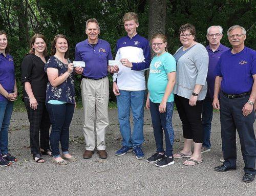 Hub Club Supports Youth Leadership Programs
